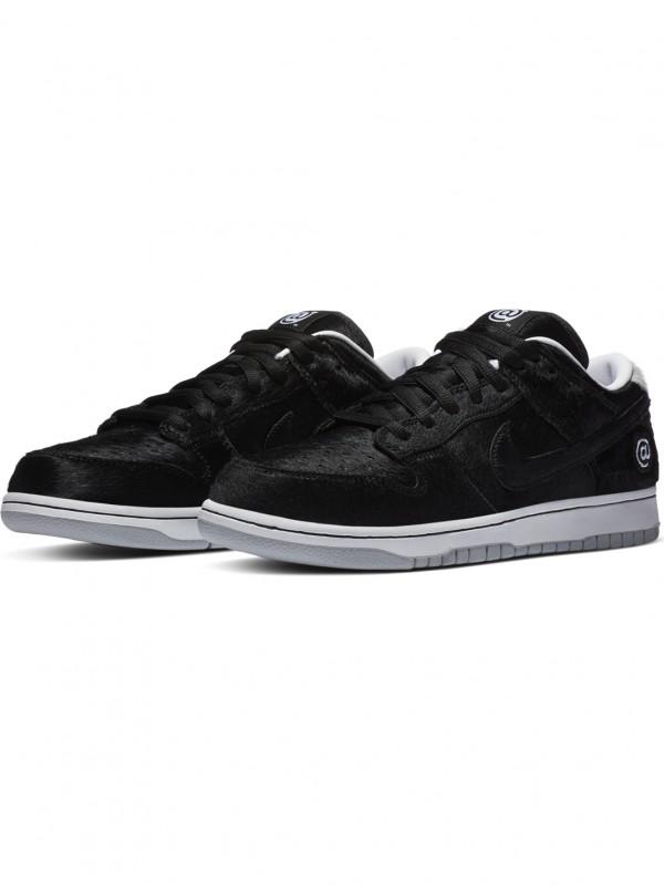 'Medicom Toy' Nike SB Dunk Low QS